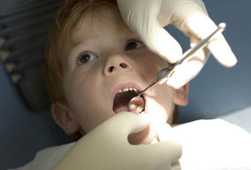 5 photolibrary_rf_photo_of_boy_at_dentist